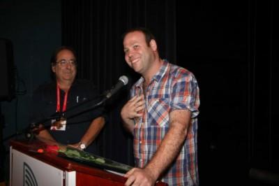 אדיר מילר מודה על הפרס, בפסטיבל חיפה 2010.