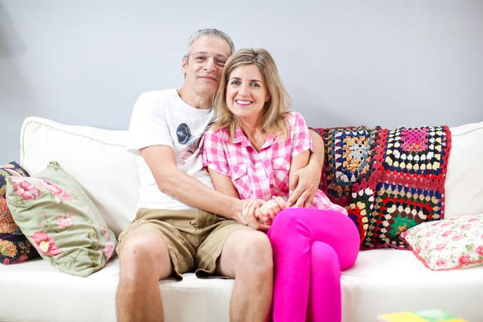 """תמונה של רמה מסינגר עם אייל שכטר מתוך """"משפחת כספי"""""""