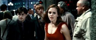 """אמה ווטסון, רופרט גרינט ודניאל רדקליף. """"הארי פוטר ואוצרות המוות: חלק ראשון""""."""