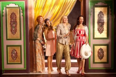 """תמונה של קים קטרל עם שרה ג'סיקה פרקר, קריסטין דייוויס, סינת'יה ניקסון מתוך """"סקס והעיר הגדולה 2"""""""