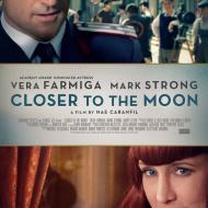 קרוב אל הירח