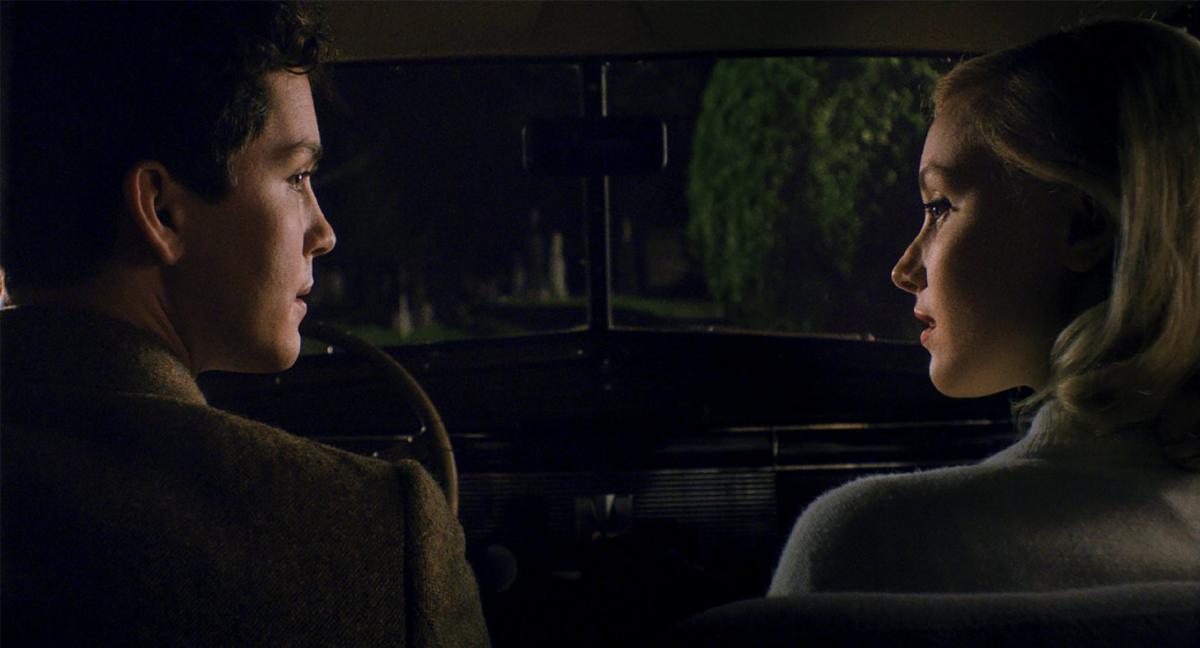 """תמונה של לוגאן לרמן עם שרה גיידון מתוך """"התפכחות"""""""