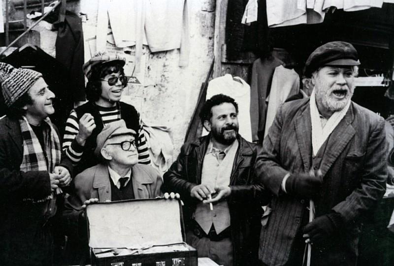 """תמונה של גבי עמרני עם יהודה ברקן מתוך """"לופו בניו יורק"""""""