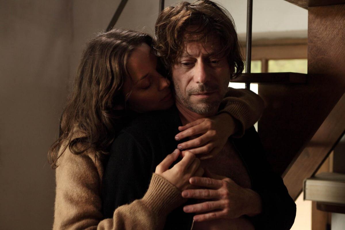 """תמונה של מתייה אמלריק עם מריון קוטיאר מתוך """"הרוחות של ישמעאל"""""""
