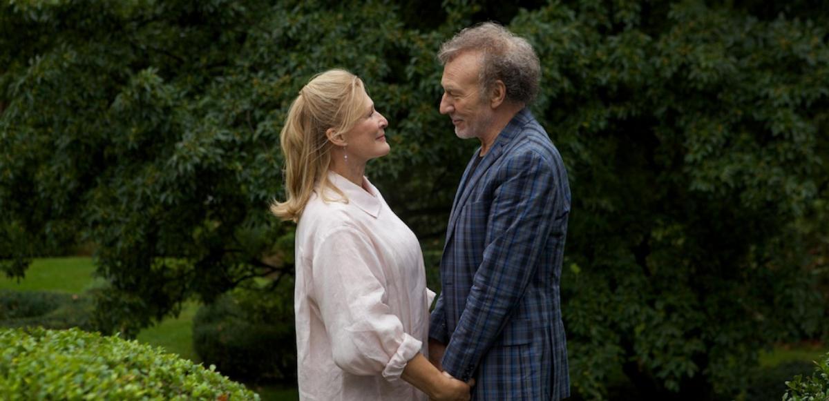 """תמונה של פטריק סטוארט עם גלן קלוז מתוך """"החתונה הפרועה (ש.ל.ר)"""""""