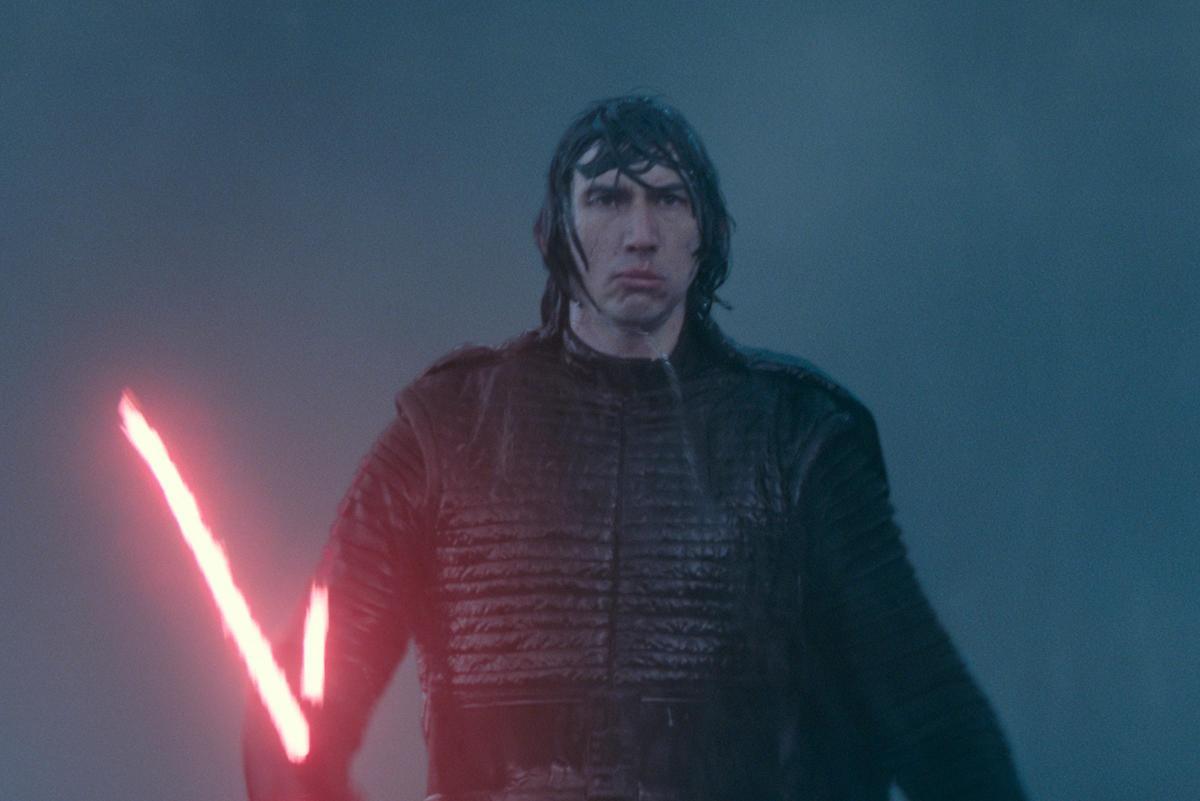 """תמונה של אדם דרייבר מתוך """"מלחמת הכוכבים: פרק 9 - עלייתו של סקייווקר"""""""