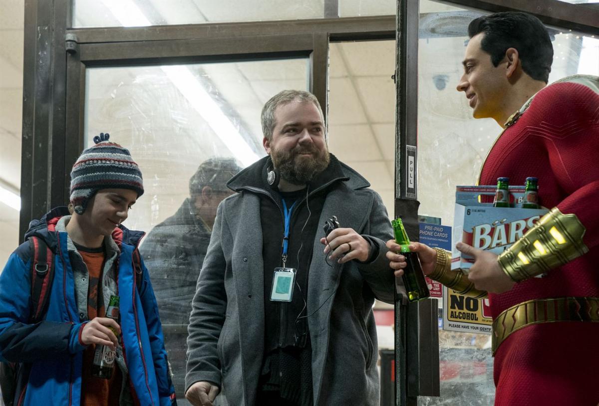 """תמונה של זאקרי לוי עם דיויד פ. סנדברג, ג'ק דילן גרייזר מתוך """"שאזאם!"""""""
