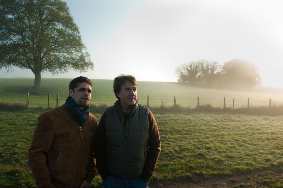 """תמונה של ארתור דופון עם פרנסואה קלוזה מתוך """"נורמנדי בעירום"""""""