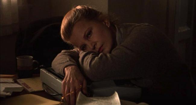 """""""אשה אחרת"""". ג'נה רולנדס."""