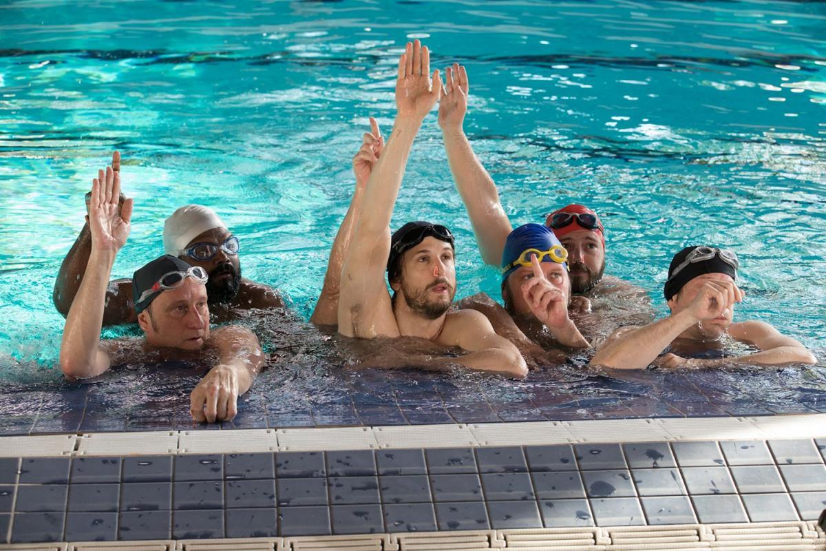 לשחות או לא להיות