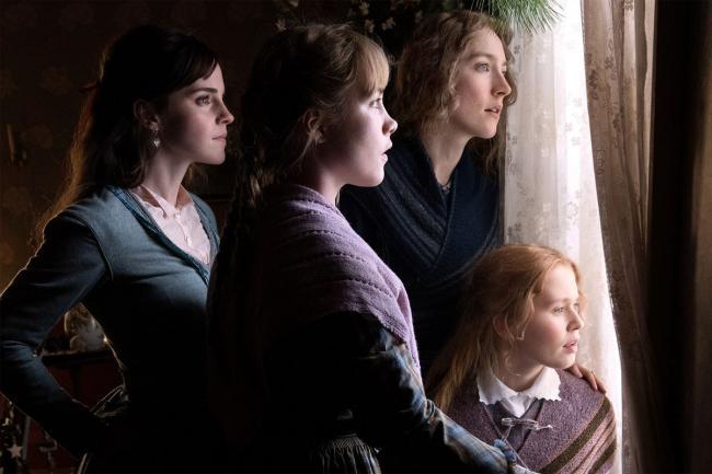 """""""נשים קטנות"""". אלייזה סקנלן, סירשה רונאן, פלורנס פיו, אמה ווטסון."""