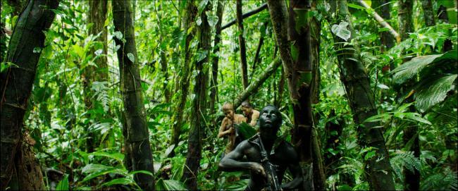 """""""קופים"""". מויסס אריאס."""