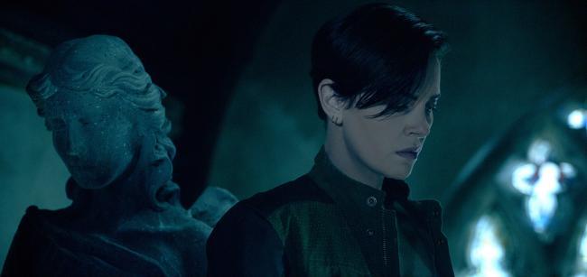 """""""משמר האלמוות"""". שרליז ת'רון."""