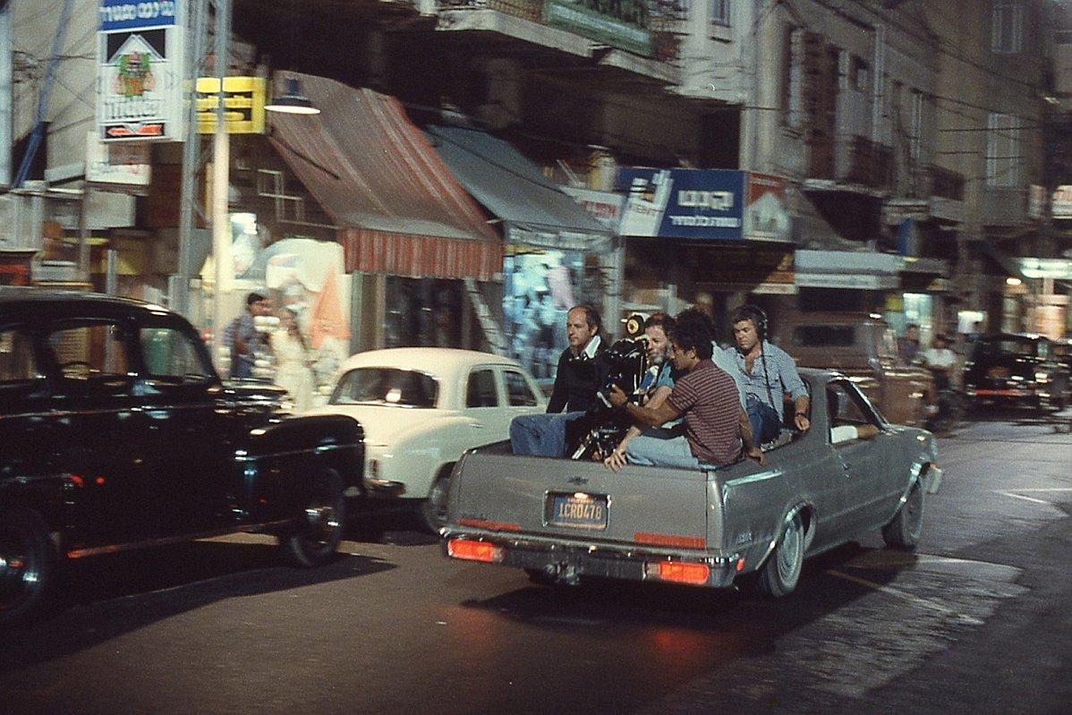 """תמונה של דן וולמן עם אילן רוזנברג מתוך """"רומן זעיר"""""""