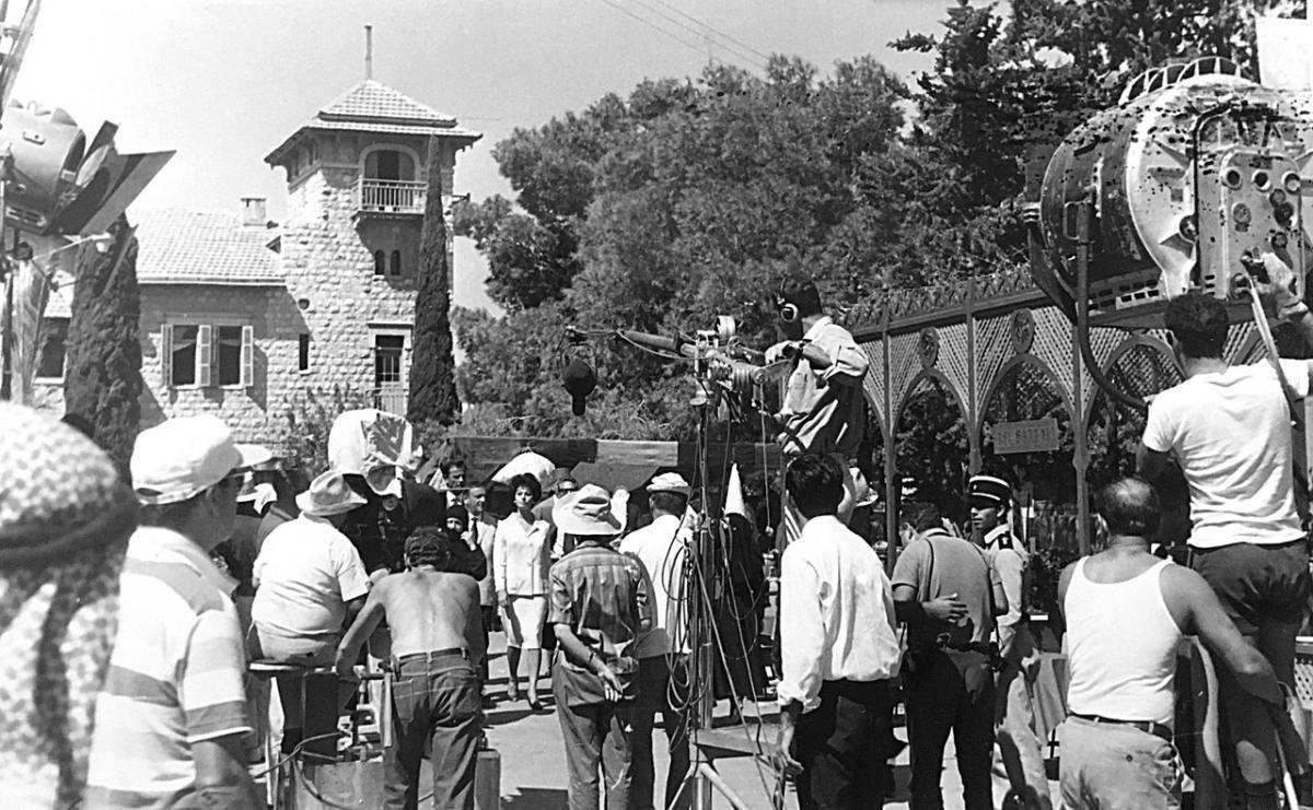 """תמונה של שרגא פרידמן עם סופיה לורן מתוך """"יהודית"""""""