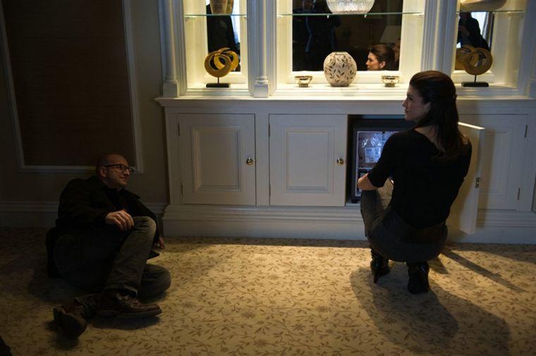 """תמונה של ג'ינה קרנו עם סטיבן סודרברג מתוך """"בגידה כפולה"""""""