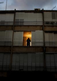 דירה עם כניסה בחצר