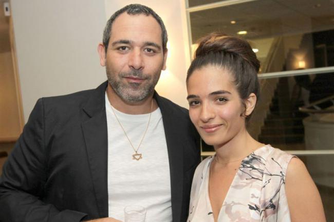 """""""המשגיחים"""". רותם זיסמן-כהן ובעלה מוריס כהן. צילום: רפי דלויה."""