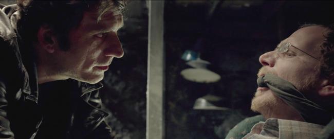 """""""מי מפחד מהזאב הרע"""". ליאור אשכנזי (משמאל) עם רותם קינן."""