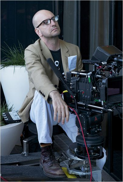 """תמונה של סטיבן סודרברג מתוך """"חיי עם ליברצ'ה"""""""