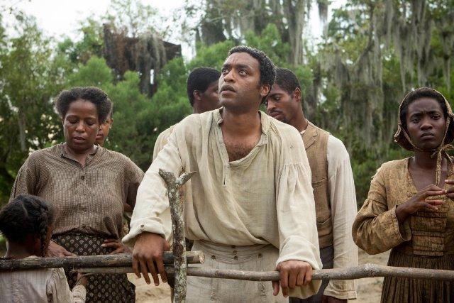 """""""12 שנים של עבדות"""". צ'יווטל אג'יופור."""