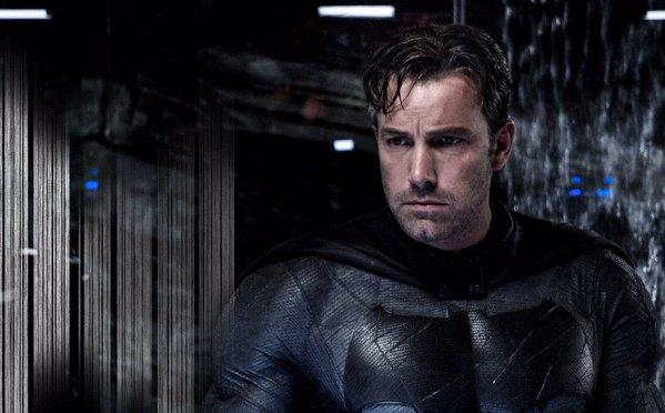 """""""באטמן נגד סופרמן: שחר הצדק"""". בן אפלק."""