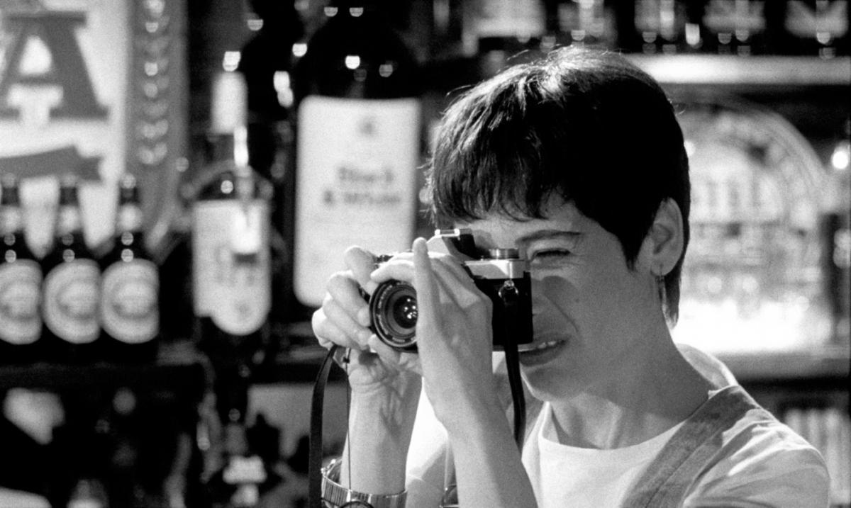 """תמונה של סמדר קלצ'ינסקי מתוך """"החיים על פי אגפא"""""""