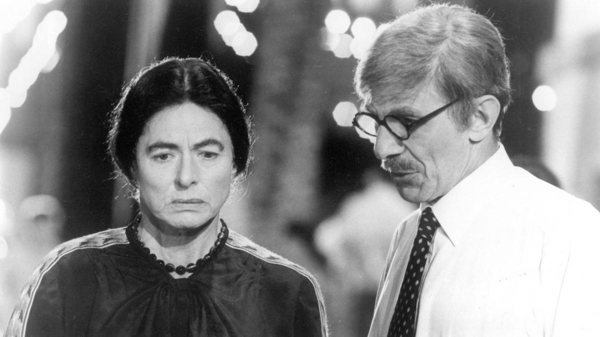 """תמונה של לאונרד נימוי עם אינגריד ברגמן מתוך """"אישה ושמה גולדה"""""""