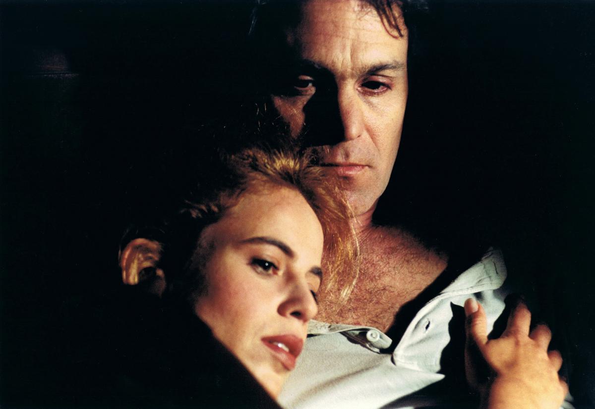 """תמונה של ברוריה אלבק עם עמי טראוב מתוך """"קופסה שחורה"""""""