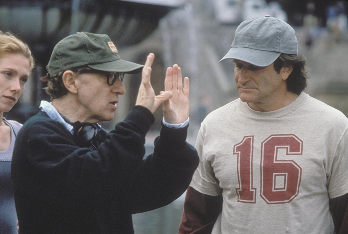 """תמונה של רובין וויליאמס עם וודי אלן מתוך """"לפרק את הארי"""""""
