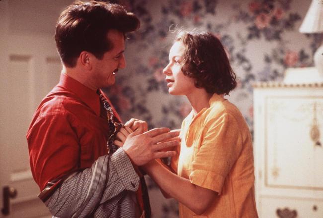 """""""מתוק ומרושע"""". סמנתה מורטון, שון פן."""