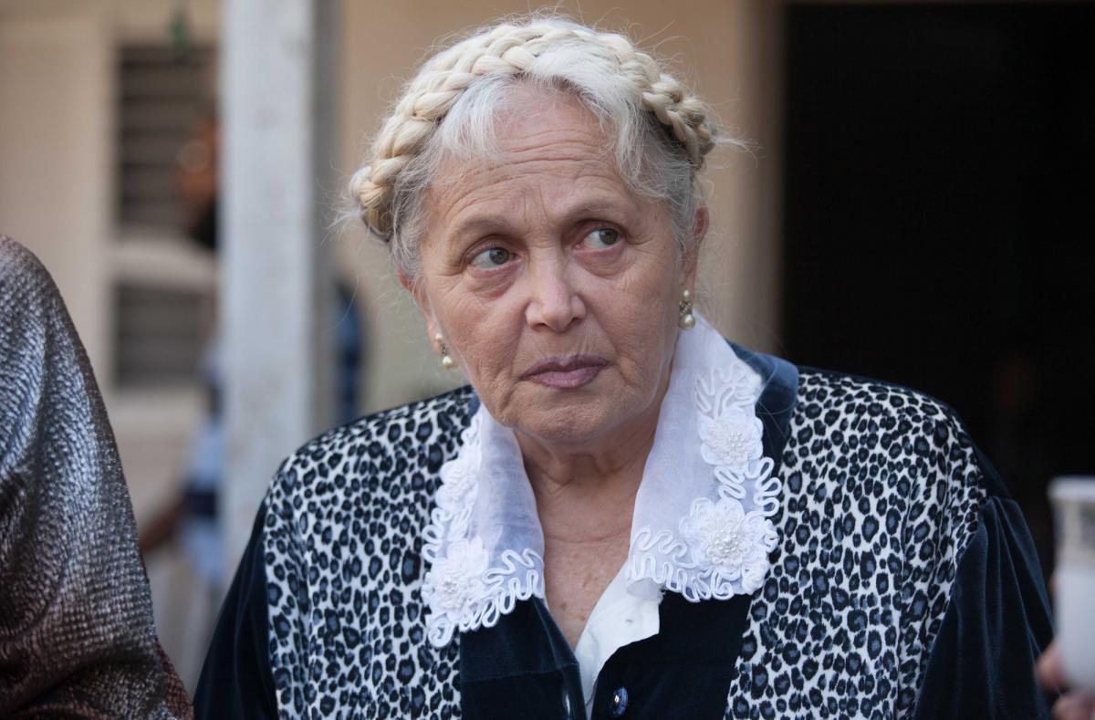 """תמונה של מירי אלוני מתוך """"להרוג את הסבתא"""""""