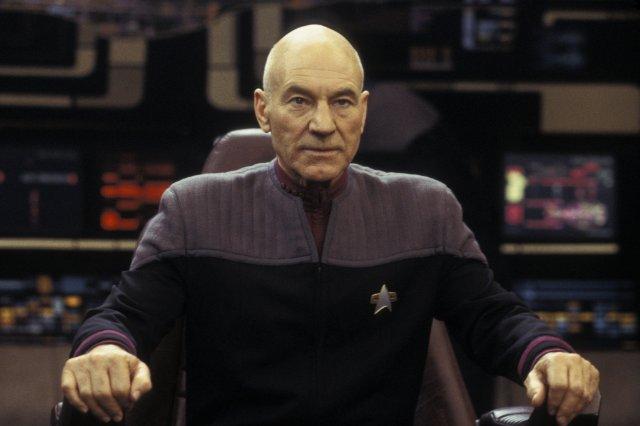 """""""מסע בין כוכבים: נמסיס"""". פטריק סטוארט."""